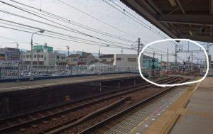 南海電鉄の鳥取ノ荘駅ホーム